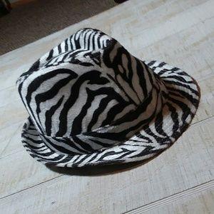 Accessories - Zebra print fedora hat